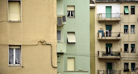 Mazzette su case popolari,arresti a Bari