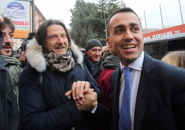 Berlusconi: 'M5s esclusi con noi? Se firmano programma ok'