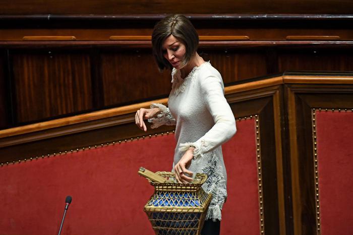 Lega vota Bernini, ira di Berlusconi: rotta la coalizione