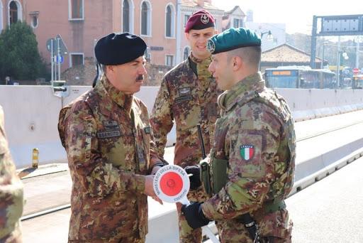 Coronavirus, a Milano anche l'esercito per aiutare i controlli