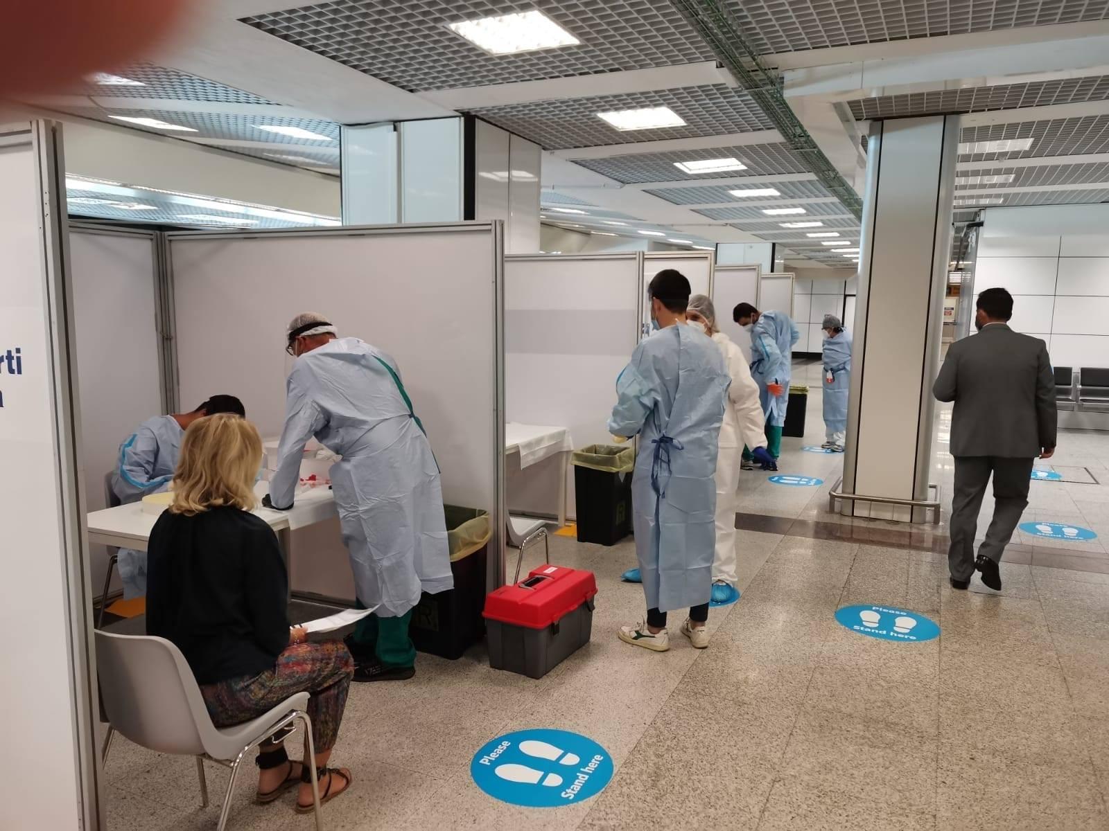 Coronavirus, ragazza romana positiva a Fiumicino di ritorno dalla Grecia